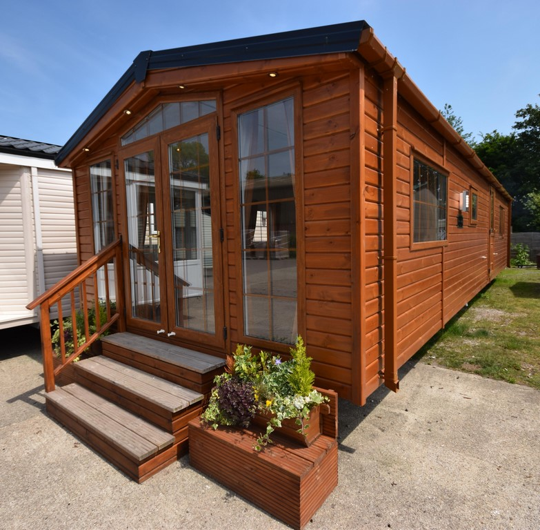 the sunrise lodge mobile home annexe solution 40x13