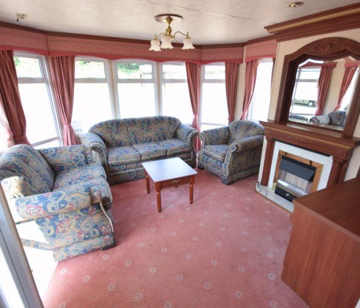 atlas ovation caravan lounge