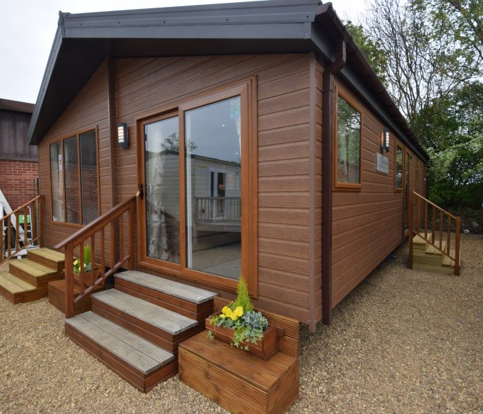Exterior of a Sunrise Lodge II mobile home annexe