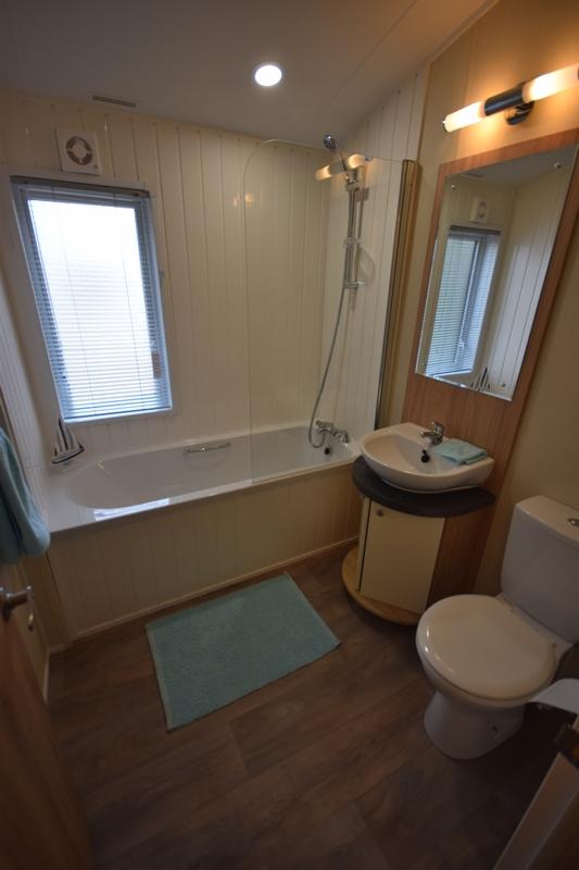 Sunrise Lodge II Mobile Home Annexe Bathroom 1