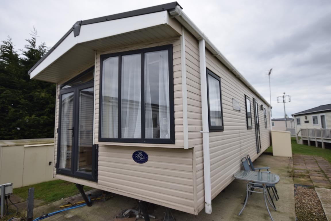 Regal Windsor Static Caravan Mobile Home For Sale Essex