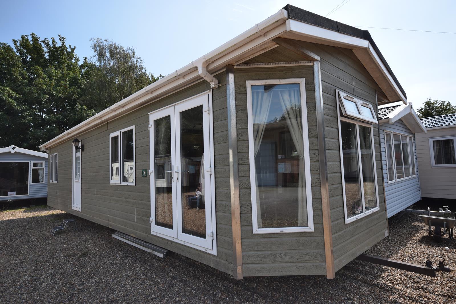 Tingdene Country Lodge Residential Mobile Home Exterior